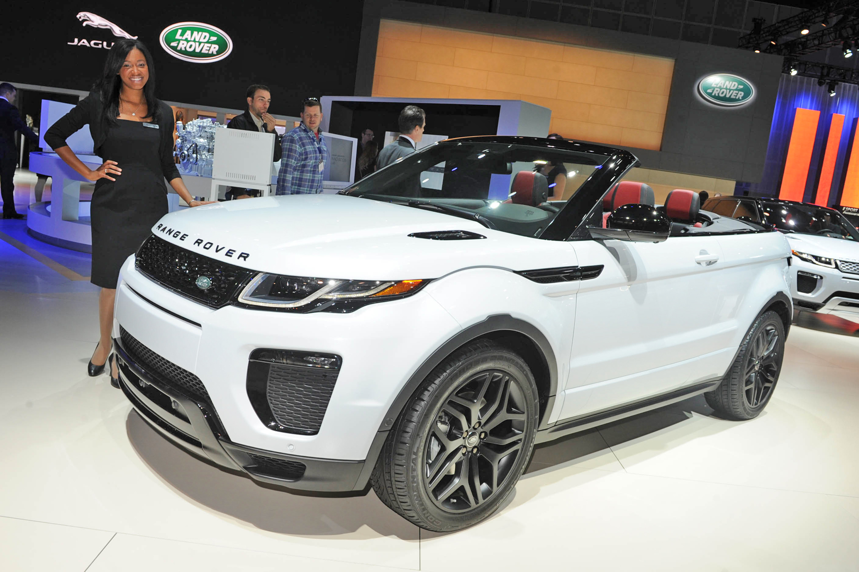 das neue range rover evoque cabriolet. Black Bedroom Furniture Sets. Home Design Ideas