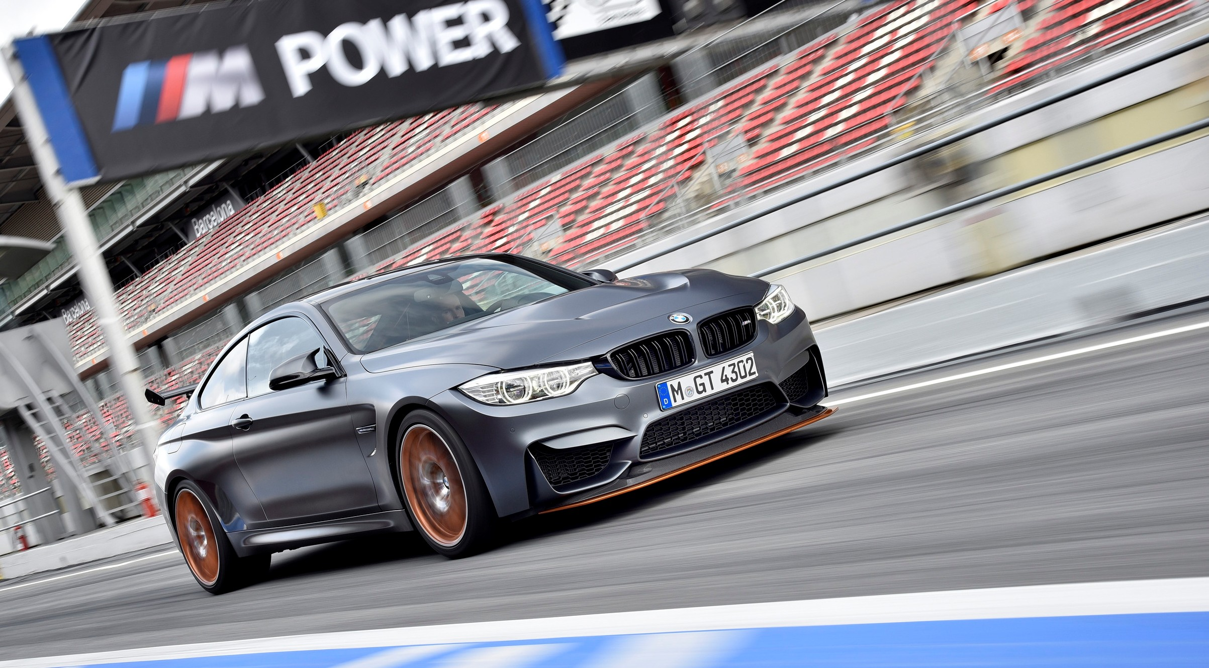 bmw m4 gts racer mit strassenzulassung. Black Bedroom Furniture Sets. Home Design Ideas